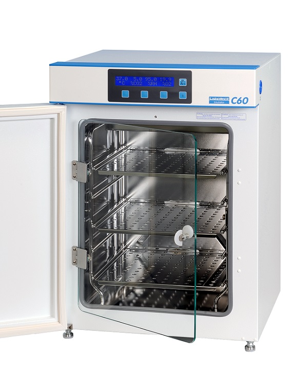 Labotect CO2-incubator - the golden middle